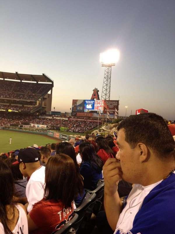 Angel Stadium, secção: P237, fila: L, lugar: 4