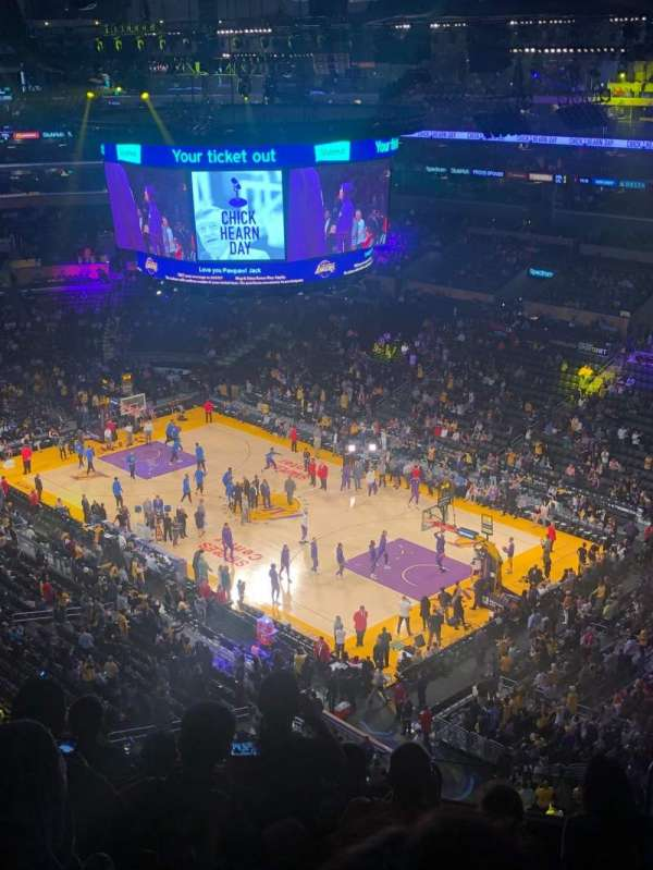 Staples Center, secção: 331, fila: 7, lugar: 5