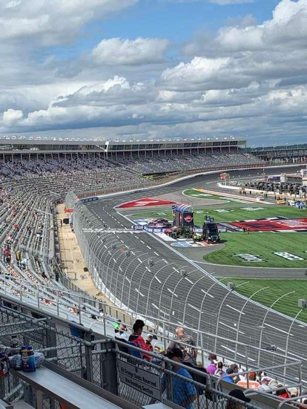 Charlotte Motor Speedway, secção: New Ver F, fila: 32, lugar: 16