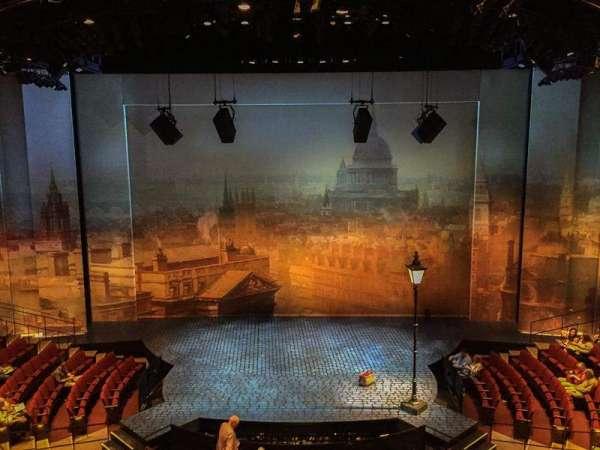 Vivian Beaumont Theater, secção: Loge C, fila: A, lugar: 308