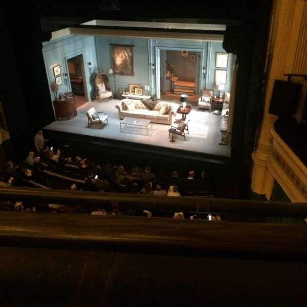 Hudson Theatre, secção: Balcony R, fila: A, lugar: 4