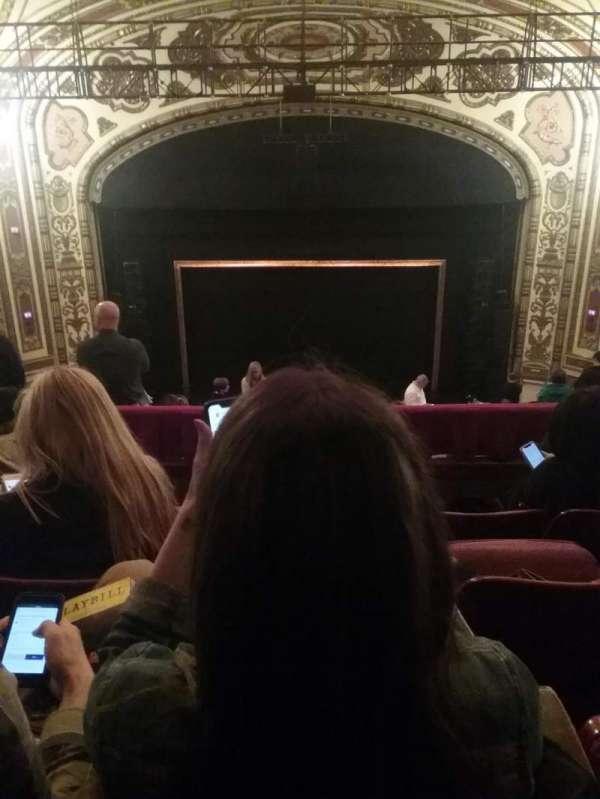 Cadillac Palace Theater, secção: Balcony C, fila: O, lugar: 316