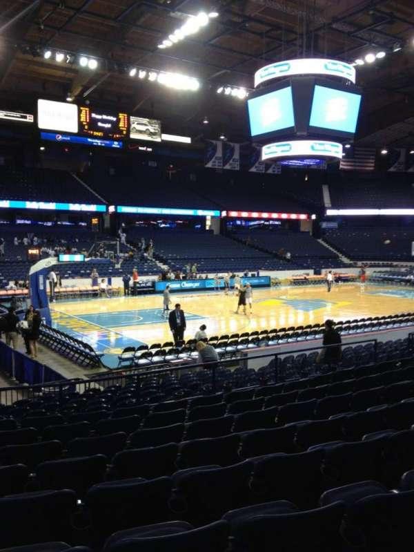 Allstate Arena, secção: 104, fila: J, lugar: 17