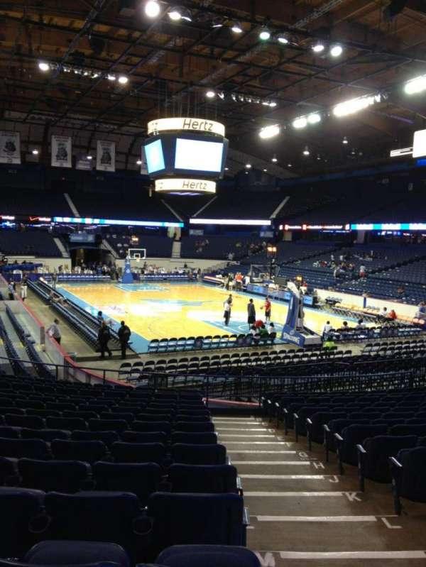 Allstate Arena, secção: 116, fila: Q, lugar: 1