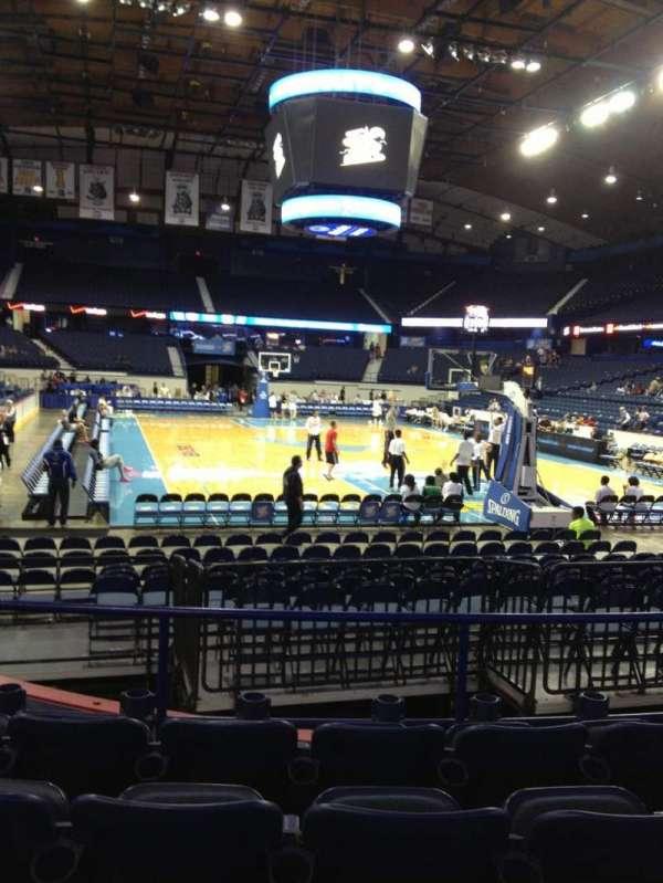 Allstate Arena, secção: 115, fila: E, lugar: 18