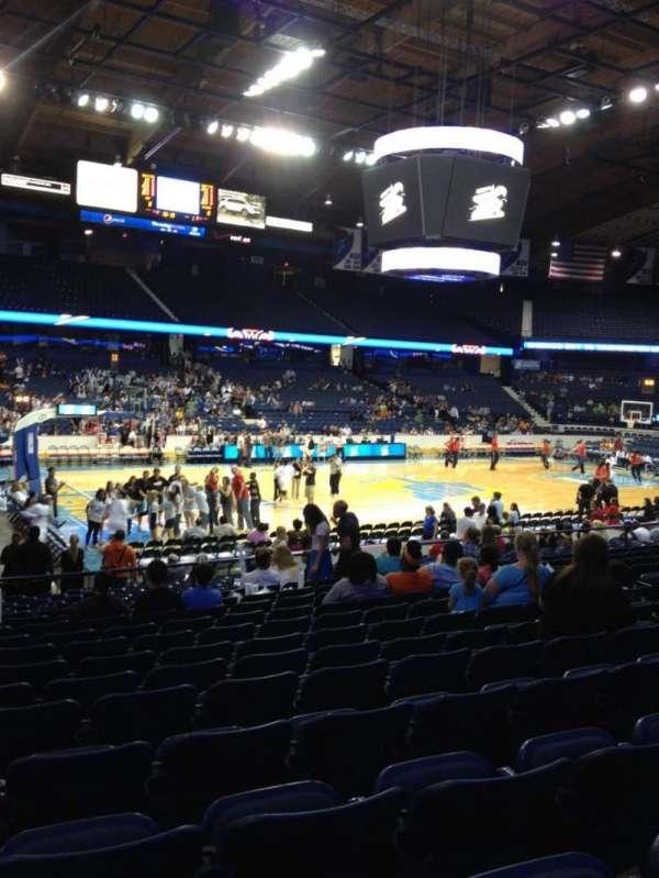 Allstate Arena, secção: 104, fila: N, lugar: 14