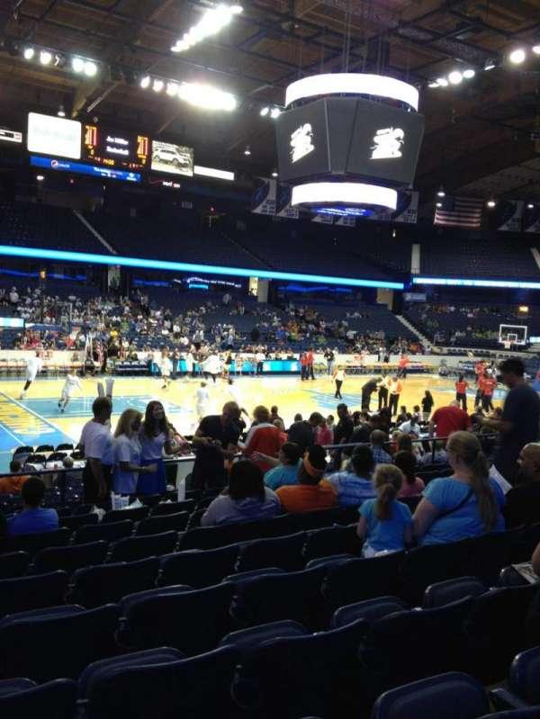 Allstate Arena, secção: 104, fila: K, lugar: 10