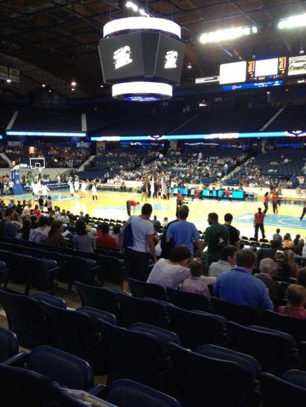 Allstate Arena, secção: 101, fila: L, lugar: 19