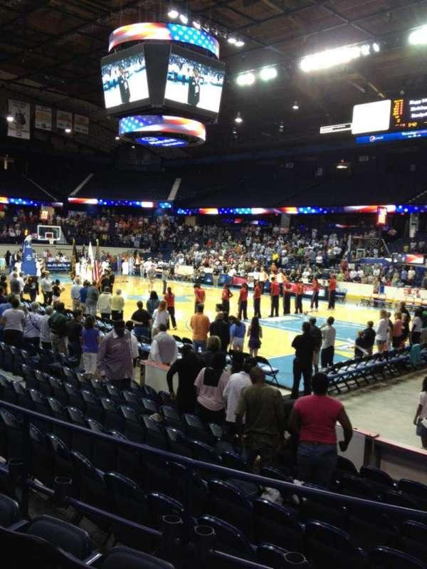 Allstate Arena, secção: 101, fila: D, lugar: 1