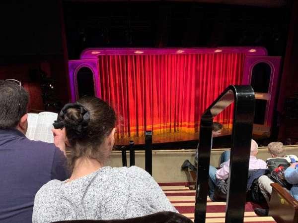 Marquis Theatre, secção: Mezzanine L, fila: E, lugar: 1