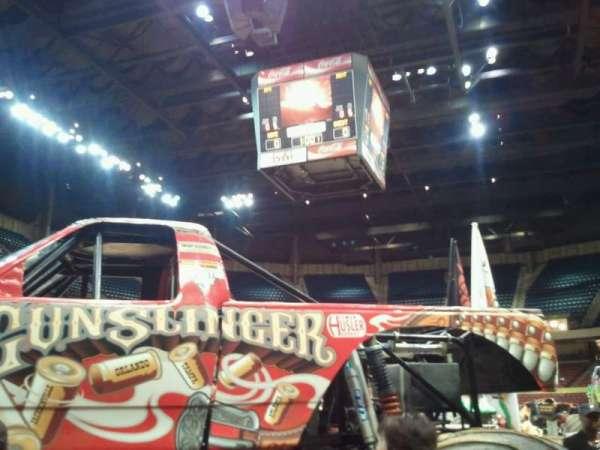 Legacy Arena, secção: 10L, fila: J, lugar: 12