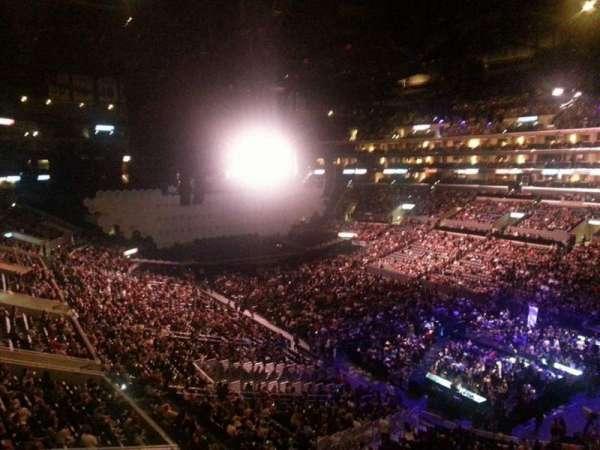 Staples Center, secção: Suite B42, fila: 3, lugar: 1