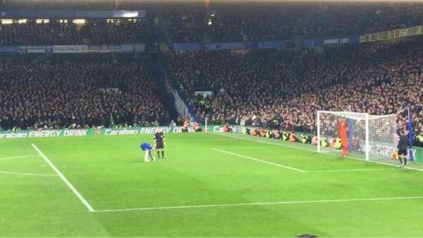 Stamford Bridge, secção: East Stand Lower 6, fila: S