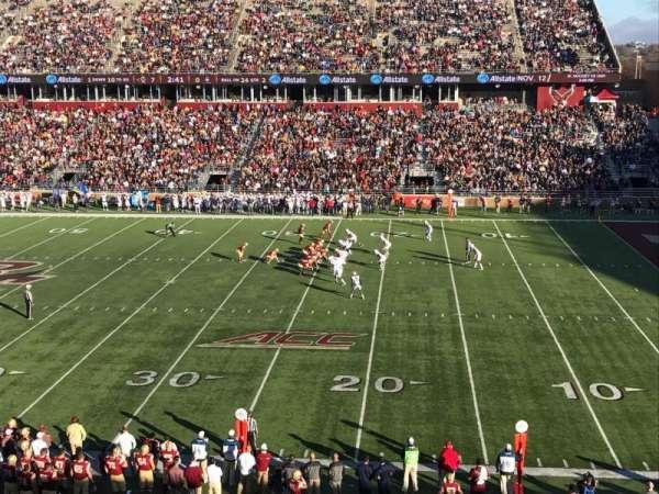 Alumni Stadium, secção: FF, fila: 1, lugar: 11