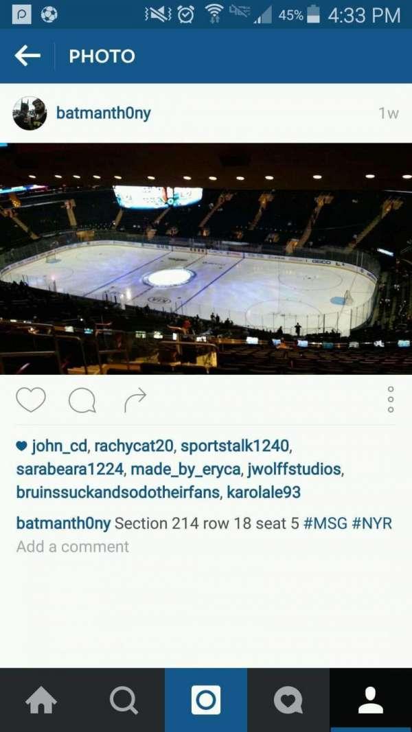 Madison Square Garden, secção: 214, fila: 18, lugar: 5