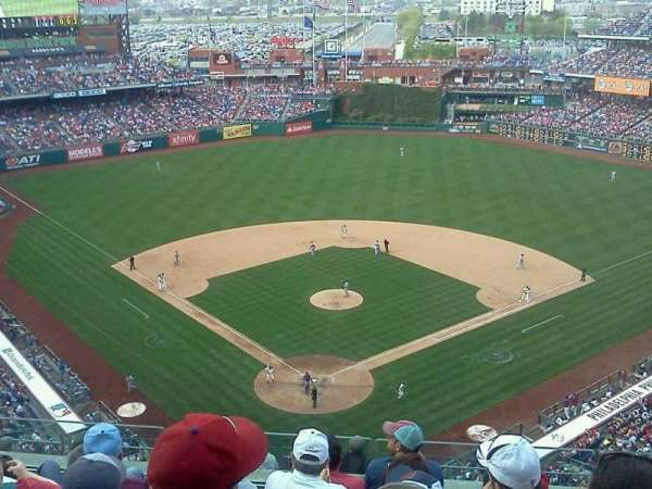 Citizens Bank Park, secção: 420, fila: 6, lugar: 9