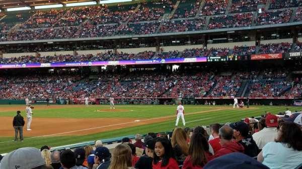 Angel Stadium, secção: 108, fila: J, lugar: 15