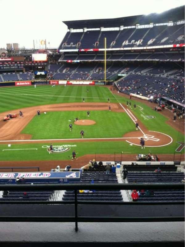 Turner Field, secção: 310, fila: 2, lugar: 105