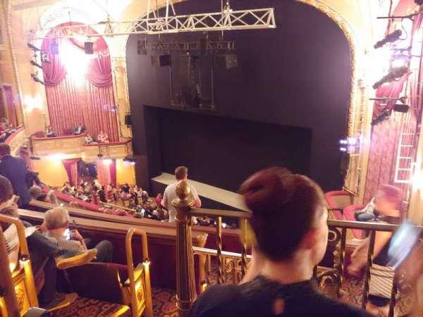Bernard B. Jacobs Theatre, secção: Mezzanine R, fila: H, lugar: 30