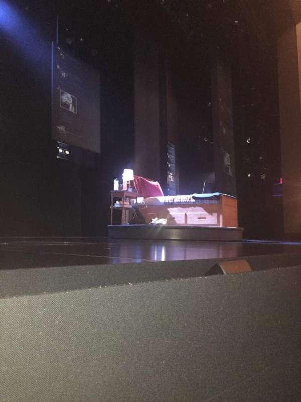 Music Box Theatre, secção: Orchestra L, fila: A, lugar: 1