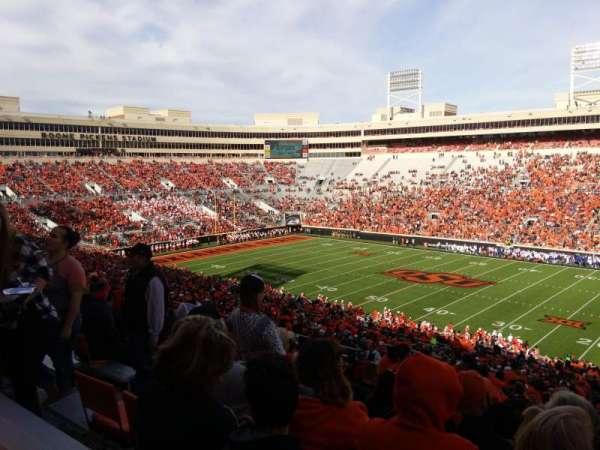 Boone Pickens Stadium, secção: 302, fila: 22