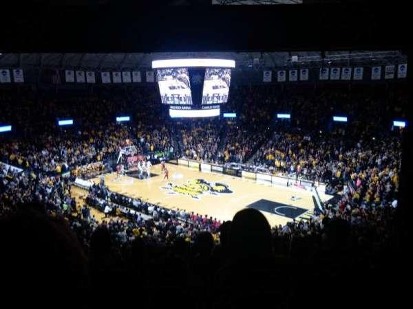 Charles Koch Arena, secção: 118, fila: 34