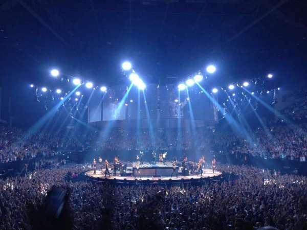 The O2 Arena, secção: 106, fila: N, lugar: 198