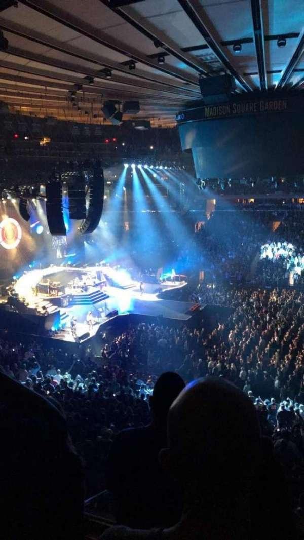 Madison Square Garden, secção: 225, fila: 3, lugar: 5