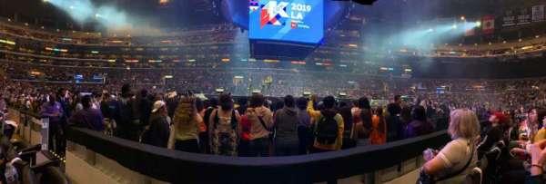 Staples Center, secção: 111, fila: 2