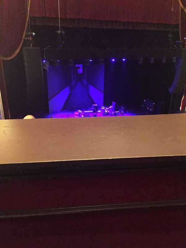 Wang Theatre, secção: Mezzanine LC, fila: A