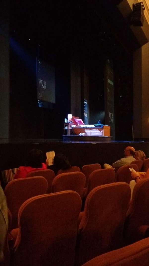 Music Box Theatre, secção: Orchestra left, fila: E, lugar: 15