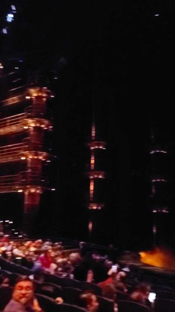 KÀ Theatre - MGM Grand, secção: 103, fila: K, lugar: 2