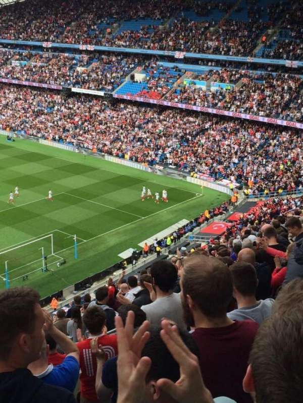 Etihad Stadium (Manchester), secção: 318, fila: T, lugar: 486