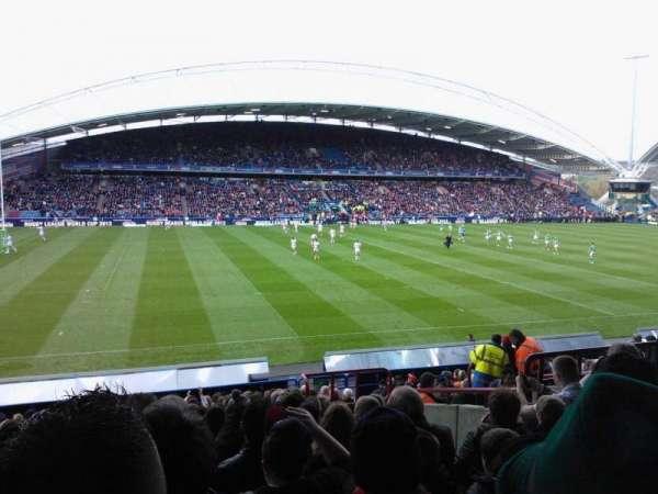 John Smith's Stadium, secção: KB8, fila: U, lugar: 191