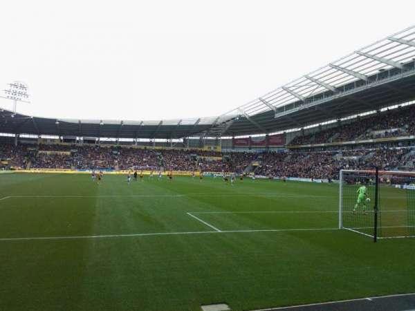 KCOM Stadium, secção: N5, fila: C, lugar: 170