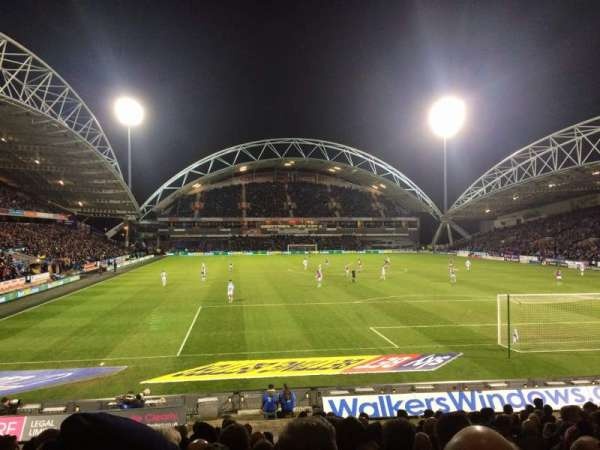 John Smith's Stadium, fila: R, lugar: 109