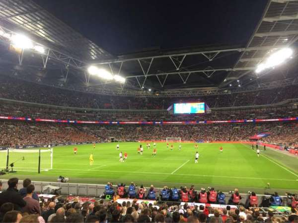 Wembley Stadium, secção: 109, fila: 18, lugar: 214
