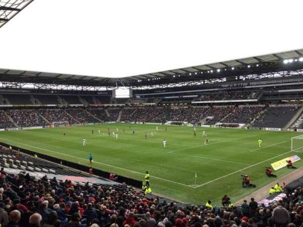 Stadium:mk, secção: 36, fila: DD, lugar: 1066