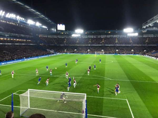Stamford Bridge, secção: Shed End Upper 3, fila: 4, lugar: 130