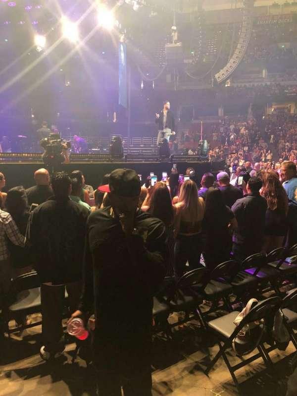 Honda Center, secção: 210, fila: A, lugar: 7
