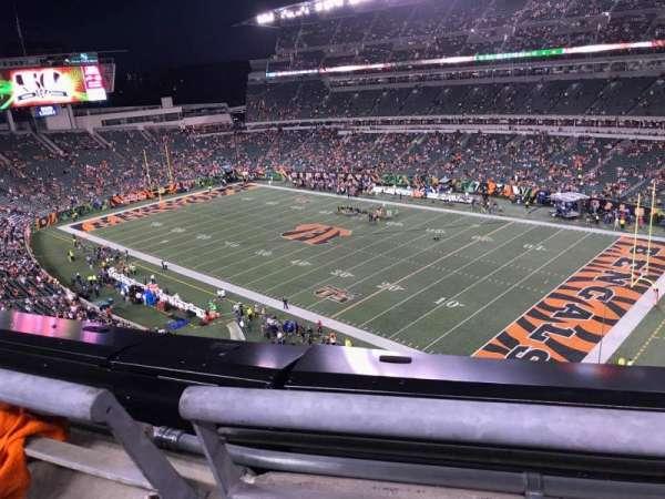 Paul Brown Stadium, secção: 334, fila: 1, lugar: 7