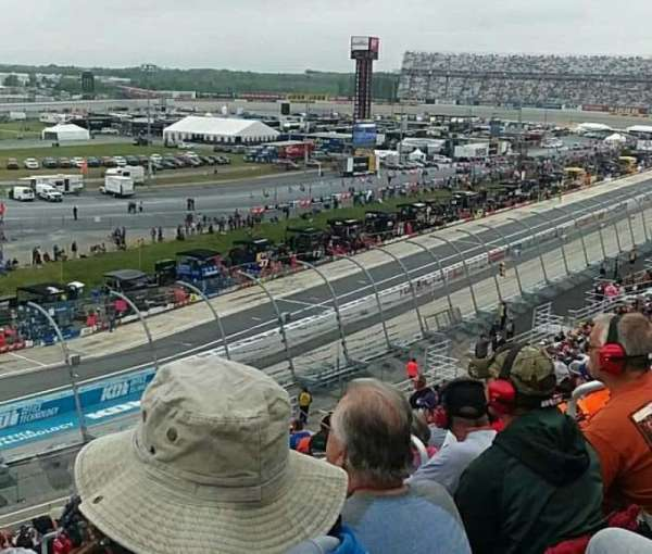 Dover International Speedway, secção: 117, fila: 28, lugar: 5