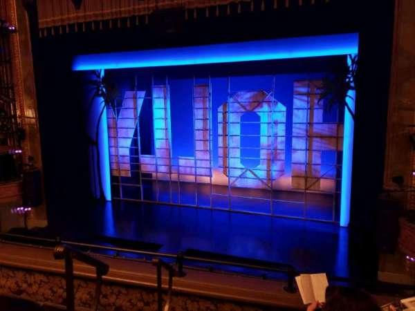 Nederlander Theatre, secção: Mezzanine R, fila: D, lugar: 2