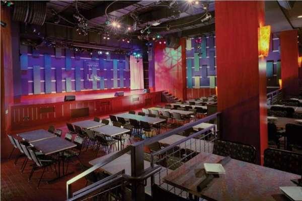 World Cafe Live, secção: Downstairs Bar Level, fila: 1, lugar: 1