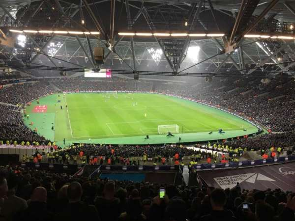 London Stadium, secção: 219, fila: 67, lugar: 79