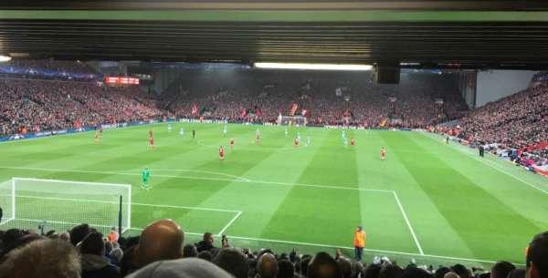 Anfield, secção: 124, fila: 30, lugar: 72