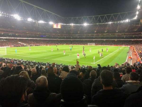 Emirates Stadium, secção: 22, fila: 21, lugar: 677