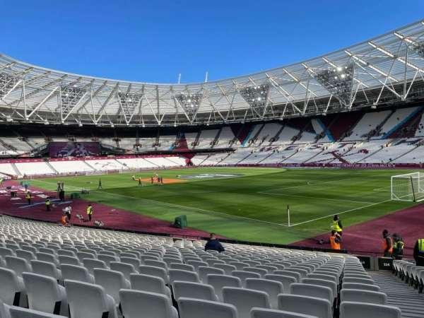 London Stadium, secção: 114, fila: 20, lugar: 173