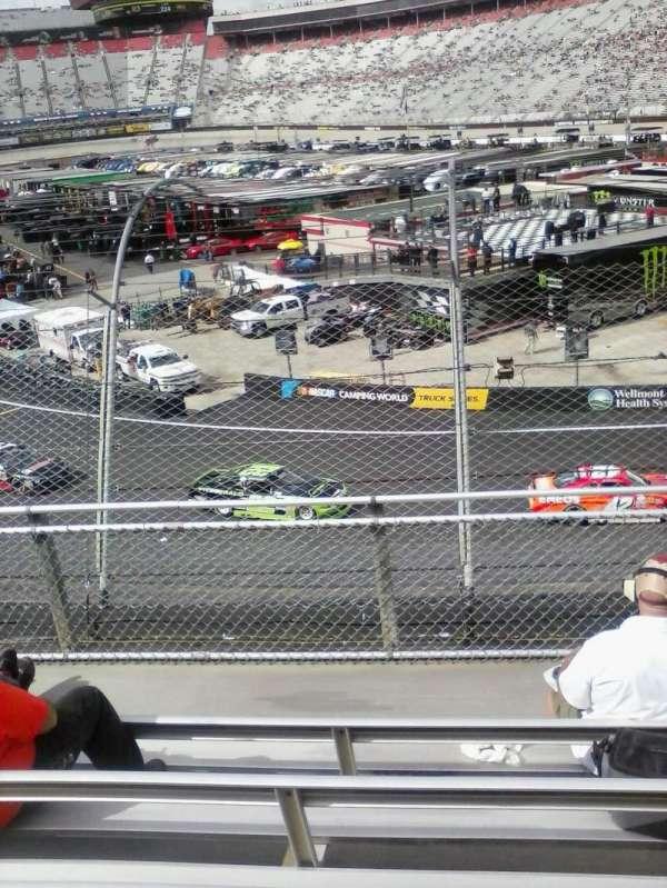 Bristol Motor Speedway, secção: Z, fila: 6, lugar: 11
