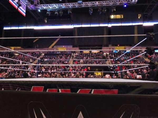 Nassau Veterans Memorial Coliseum, secção: E, fila: 1, lugar: 14